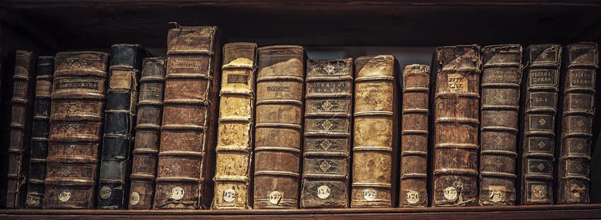 Wydanie książki z ekslibrisem nie zwiększy mocno kosztów, a nada wyłącznie dodatkowego prestiżu całej oprawie.
