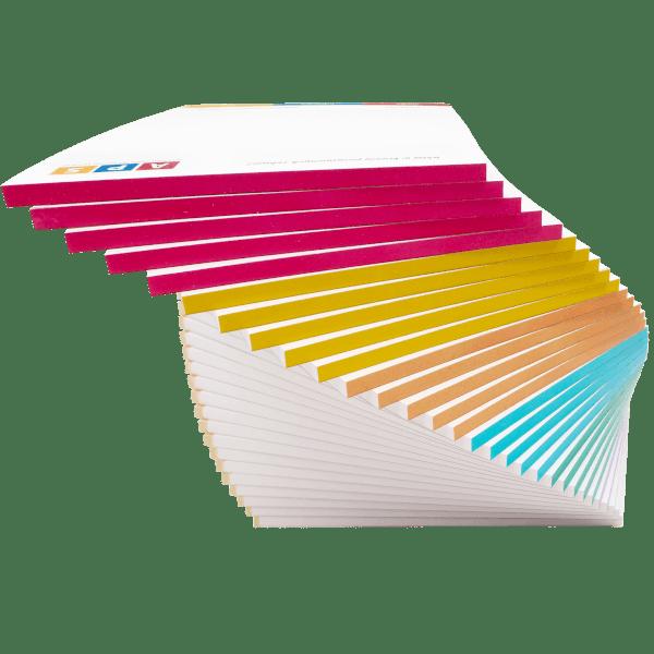 Notesy z barwionymi grzbietami